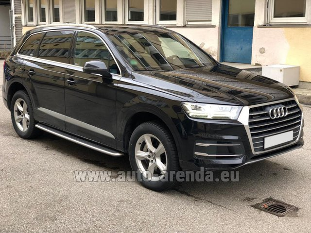 Rental Audi Q7 50 TDI Quattro 5-7 seats in Turin