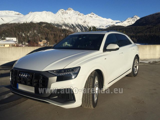 Hire and delivery to Rome-Ciampino airport the car Audi Q8 50 TDI Quattro