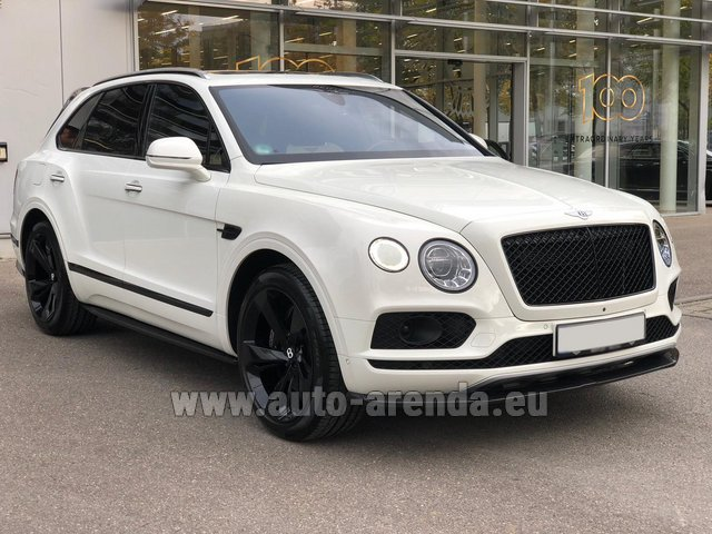 Hire and delivery to Venice airport the car Bentley Bentayga 6.0 litre twin turbo TSI W12