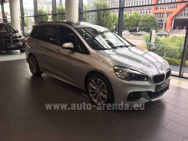 Hire and delivery to Roma-Fiumicino airport the car BMW 2 Gran Tourer Equipment M Sport