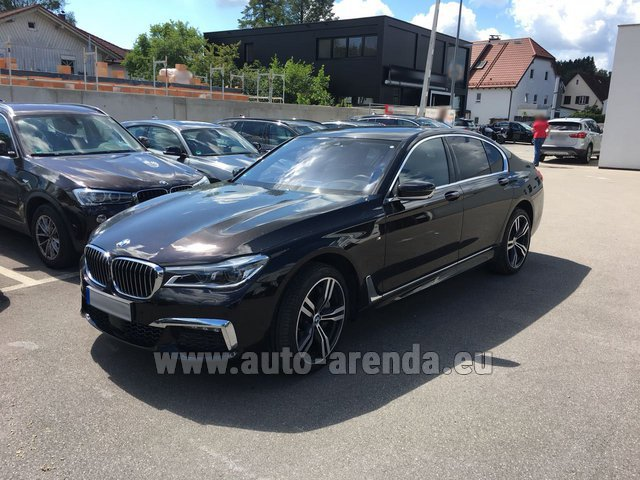 Hire and delivery to Rimini airport the car BMW 750i XDrive M equipment