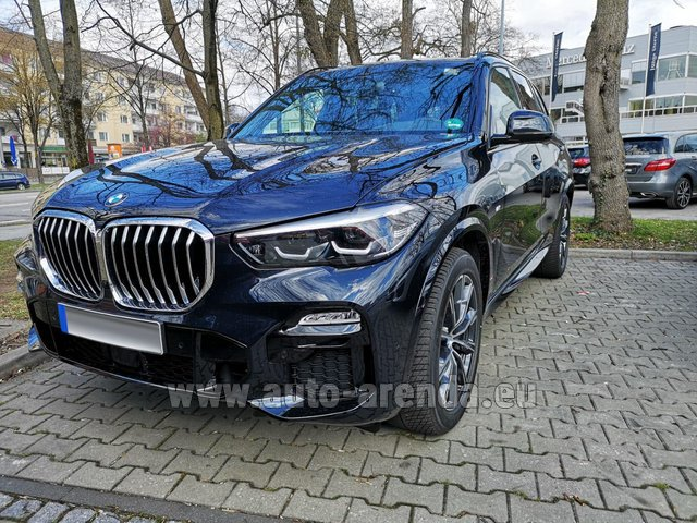 Hire and delivery to Rimini airport the car BMW X5 xDrive 30d