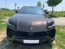 Rent-a-car Lamborghini Urus in Italy, photo 4