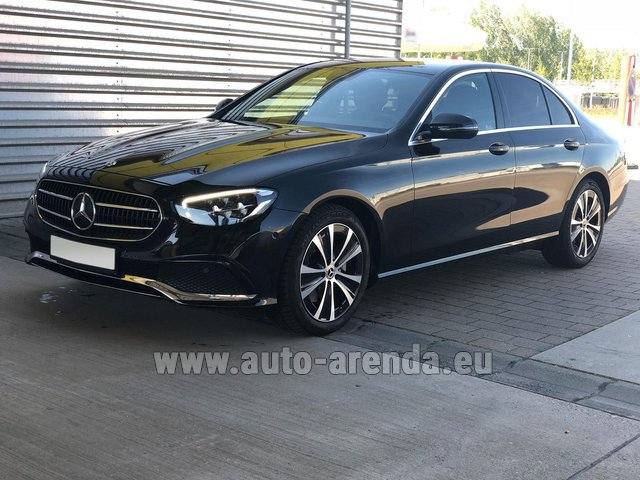 Transfer from Verona to Munich Airport by Mercedes-Benz E-Class AMG equipment car