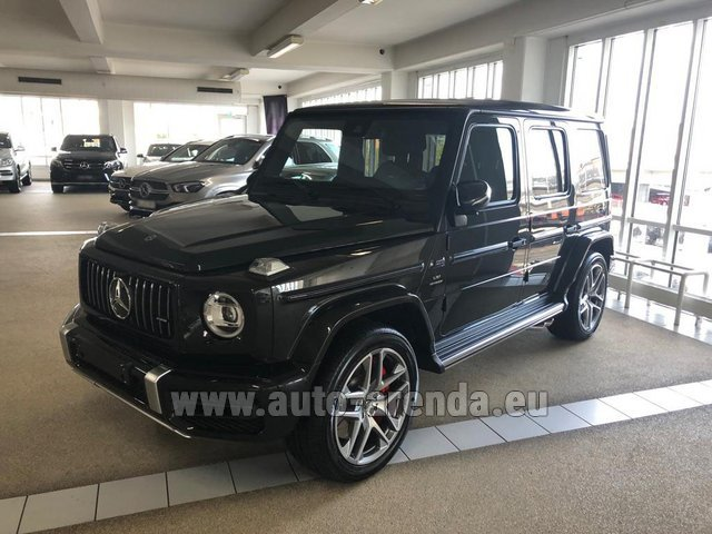 Hire and delivery to Roma-Fiumicino airport the car Mercedes-Benz G63 AMG V8 biturbo