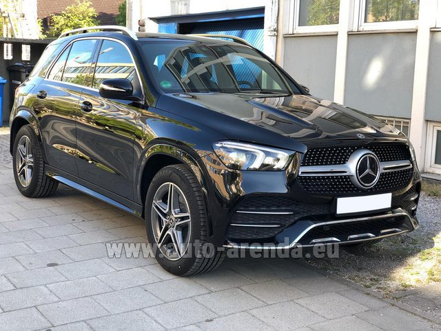 Hire and delivery to Rome-Ciampino airport the car Mercedes-Benz GLE 400 4Matic AMG equipment