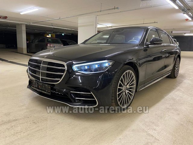 Hire and delivery to Venice airport the car Mercedes-Benz S 500 4MATIC Sedan long