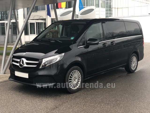 Hire and delivery to Roma-Fiumicino airport the car Mercedes-Benz V-Class (Viano) V 300 d 4MATIC AMG equipment