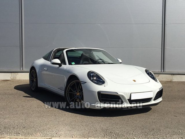 Hire and delivery to Rome-Ciampino airport the car Porsche 911 Targa 4S White