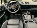 Rent-a-car Porsche Cayenne Turbo V8 550 hp in Milan, photo 6