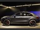 Rent-a-car Porsche Macan Turbo Performance Package LED Sportabgas in Verona, photo 9