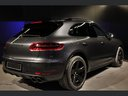 Rent-a-car Porsche Macan Turbo Performance Package LED Sportabgas in Verona, photo 8