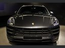 Rent-a-car Porsche Macan Turbo Performance Package LED Sportabgas in Verona, photo 11