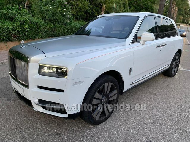 Transfer from Verona to Munich Airport by Rolls-Royce Cullinan White car