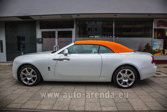 Rental Rolls-Royce Dawn White in Venice
