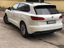 Rent-a-car Volkswagen Touareg R-Line in Bologna, photo 4